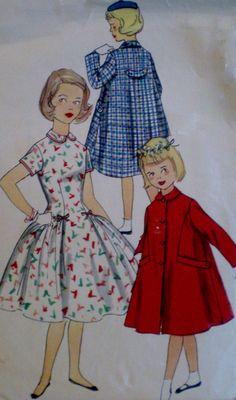 Vintage 1950s Simplicity Girls One Piece  di VINTAGEShopsDelight