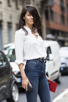 Le Fashion: Two Ways: White Shirt & High-Waisted Jeans Barbara Martelo, Bon Look, Garance, White Button Down Shirt, Mode Chic, Skinny, Fall Trends, Mode Inspiration, Short Girls