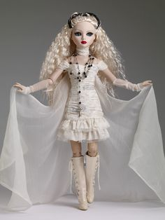 Ellowyne Wilde 2013 Halloween Convention Forever After Doll