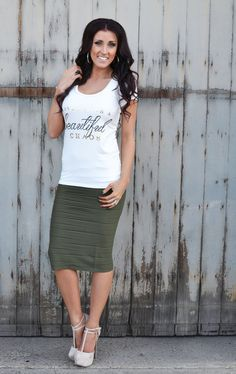 Stretchy Skirt in Olive