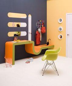 Retro Bathroom Design, Retro Chair In Green Color
