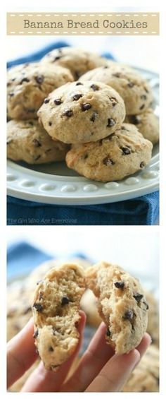 Banana Bread Cookies: Super moist cake-like browned butter cookies that taste just like banana bread in cookie form. {The Girl Who Ate Everything} why not a cupcake? Cookie Desserts, Just Desserts, Cookie Recipes, Delicious Desserts, Dessert Recipes, Yummy Food, Banana Bread Cookies, Cookies Et Biscuits, Biscotti