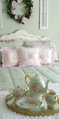 Pillows aren't the focus, but they are really pretty.