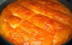 Υλικά συνταγής 8 αραβικές πίτες μεσαίες 2 φλ. τσαγιού μαγειρεμένο κοτόπουλο ή κιμά ή κρέας που περίσσεψε από την προηγούμενη 4 φρέσκα κρεμμύδια ψιλοκομμένα 1 συσκευασία τυρί κρέμα 1 φλ. τσαγιού φέτα σε τρίμματα 2 κ.σ. Greek Sweets, Greek Desserts, Cornbread, Healthy Recipes, Healthy Foods, Food And Drink, Pie, Chocolate, Ethnic Recipes