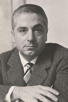 Cesare Brandi historiador y crítico de arte, ensayista y especialista en la teoría de restauración de obras de arte.