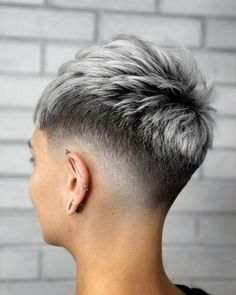 Short Grey Hair, Very Short Hair, Short Hair Cuts For Women, Short Hairstyles For Women, Super Short Hair Cuts, Super Short Pixie, Funky Short Hair, Long Pixie, Short Cuts