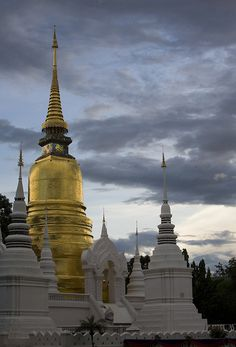 Wat Suan Dok Temple, Chiang Mai, Thailand http://www.thailandcarsrentals.com/chiang-mai-airport.html