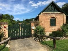 Kincsestár Traditional House, Homeland, Hungary, Budapest, Fence, House Styles, Cabins, Places, Nature