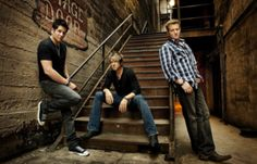 Rascal Flatts at Rockefeller Center this Friday May 30, 6-9am for FREE!!! For more info check out our Blog: http://frontrowelectronics.typepad.com  #music #RascalFlatts #Nashville #opry #NYC #NY
