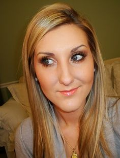 Great everyday smokey eye - this blog has the best makeup tips, reviews, and videos. Love this!!
