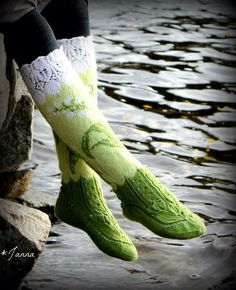 Lily of the valley -socks