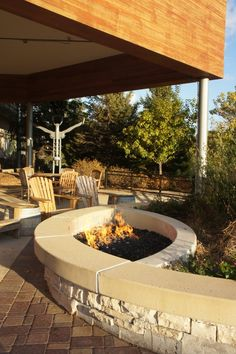 Fire pit by back porch into garden dream house - exteriors l Fire Pit Seating, Fire Pit Patio, Fire Pit Plans, Concrete Fire Pits, Dream House Exterior, Garden Seating, Pool Landscaping, Lawn And Garden, Garden Design