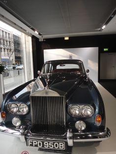 Rolls Royce on Ku'damm: http://foreignerinberlin.blogspot.de/2015/03/rolls-royce-on-kudamm.html