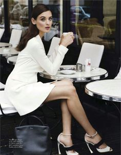 """""""El Glamour Viene de Paris"""" Carolina Thaler in Dior for Elle Spain February Photographed by Pascal Chevallier. Love Style Life, Style Work, Mode Style, Real Style, Ladies Who Lunch, Parisienne Chic, Elle Spain, Paris Mode, Coffee Girl"""