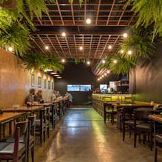 Coffee Shop Interior Design, Italian Interior Design, Coffee Shop Design, Restaurant Interior Design, Cafe Design, Design Design, Interior Shop, Bistro Decor, Pub Decor