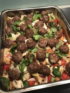 Bon Appetit, Mozzarella, Food And Drink, Beef, Ethnic Recipes, Kitchens, Drinks, Meat, Drinking