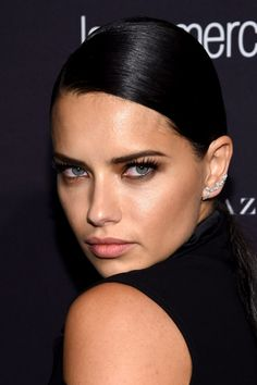 Le maquillage sexy d'Adriana Lima