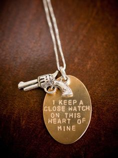 Johnny Cash I keep a close watch on this heart of mine Necklace