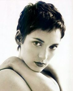 8 Short Cuts From The - Marie Claire Malaysia Messy Pixie Haircut, Short Wavy Haircuts, Short Wavy Pixie, Pixie Cuts, Winona Ryder, Short Hair Cuts For Women, Short Hairstyles For Women, Short Cuts, Medium Hair Styles