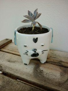 My Zoetrope: Inspiration: Ceramic Dog Planter by Miriam Brugman