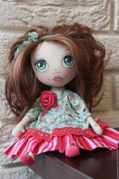 Купить Зеленоглазка - фуксия, текстильная кукла, текстильная игрушка, интерьерная кукла, авторская ручная работа