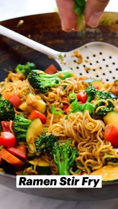 Tasty Vegetarian Recipes, Vegan Dinner Recipes, Whole Food Recipes, Cooking Recipes, Healthy Stirfry Recipes, Easy Veggie Meals, Plant Based Dinner Recipes, One Pot Recipes, Health Food Recipes