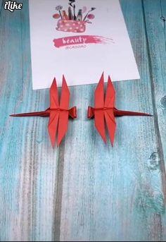 Instruções Origami, Origami Rose, Paper Crafts Origami, Diy Paper, Origami Videos, Origami And Kirigami, Paper Oragami, Origami Airplane, Origami Wall Art