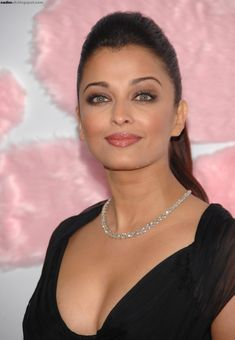 "Aishwarya Rai attends ""Pink Panther 2"" premiere at Ziegfeld Theater, New York City on 3rd February 2009"