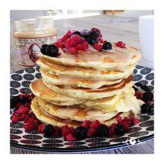Avocat et Chocolat: Pancakes allégés Breakfast, Food, Lawyer, Morning Breakfast, Meal, Chocolates, Morning Coffee, Meals