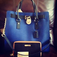 Michael Kors Out-let, 2016 Womens Fashion Styles Michael Kors Hamilton USD, MK Handbags Out-let High-Quality And Fast-Delivery Here. Cheap Michael Kors, Michael Kors Outlet, Handbags Michael Kors, Michael Kors Hamilton, Michael Kors Bag, Mk Handbags, Leather Handbags, Cute Work Outfits, New Outfits