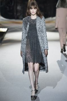 See the complete Ermanno Scervino Fall 2016 Ready-to-Wear collection.