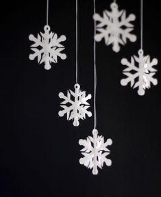 easy snowflake ornaments