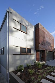 Tennyson Point Residence by CplusC Architectural Workshop