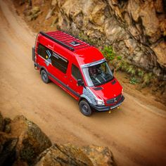 Get out and explore! Another great shot from our mini-shoot yesterday with Turns out the big Sprinter is pretty photogenic! Mercedes Sprinter Camper, Sprinter Van Conversion, Benz Sprinter, 4x4 Camper Van, Bus Camper, Campers, Ambulance, Mercedes Van, Day Van