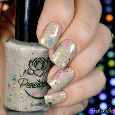 Esmalte Penélope Luz Ever Dream Coleção Delirium. Nude. Glitter. Nails. Nail art. Unhas.
