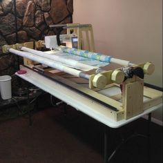 Awesome found a site to create a quilting frame that lets you use a the quilting frame kit is great my husband made me a 6 foot tabletop frame solutioingenieria Gallery