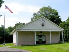 Connecticut Masonic Lodges Day Spring No. 30 Masonic Temple 3732 Whitney Ave. Hamden, Connecticut (203) 248-6141 http://www.dayspringlodge30.org