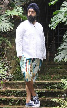 Men's Summer Pants & Shorts from Wardrobe By Me - The Pattern Pages Sewing Magazine Mens Sewing Patterns, Sewing Magazines, Weather Day, Summer Pants, Pull On Pants, Linen Fabric, Dressmaking, Trousers, Shorts