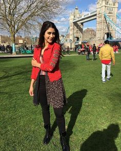 Girls Dp Stylish, Cute Girls, Bollywood Celebrities, Bollywood Actress, Elegant Dresses, Nice Dresses, Girl Attitude, Western Outfits, Beautiful Actresses