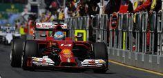 Fernando Alonso y los Mercedes dominan los primeros libres del Gran Premio de Australia de 2014 - http://www.actualidadmotor.com/2014/03/14/fernando-alonso-y-los-mercedes-dominan-los-primeros-libres-del-gran-premio-de-australia-de-2014/