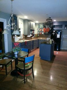 Fab kitchen rehab for under $100 with $5 mistint paint which transformed this kitchen