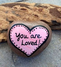 Creative diy painting rock for valentine decoration ideas 4 - Rockindeco Rock Painting Ideas Easy, Rock Painting Designs, Valentine Decorations, Valentine Crafts, Valentine Wishes, Dot Painting, Stone Painting, Rock Crafts, Arts And Crafts