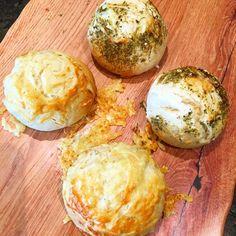 Brot/Weckerl - Backen macht GLÜCKlich - Stoibergut Camembert Cheese, Muffin, Dairy, Food And Drink, Eggs, Salzburg, Breakfast, 20 Min, Anna