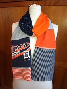 Detroit Tigers scarf