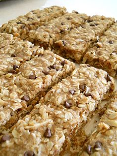 coconut, chocolate, and almond granola bars = heavenly!!!