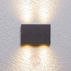 Kantet Henor utendørs vegglampe med 4 LEDs
