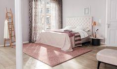 Ladies aufgepasst! Euer Mädchentraum wird wahr - ein märchenhaftes Zimmer mit rosa Farbdetails.  Foto: JAB Modern, Bed, Furniture, Home Decor, Pink, Bedroom, Living Room, Colors, Homes