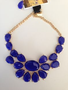 De venta en Púrpura y Carmesí
