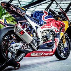 Moto Bike, Motorcycle Bike, Cbr, Ducati Hypermotard, Custom Sport Bikes, Supercars, Racing Motorcycles, Super Bikes, Street Bikes