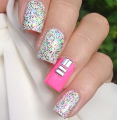 Stunning nail art designs that will blow your mind away. The ULTIMATE GUIDE of the best nail art designs. Polka Dot Nails, Neon Nails, Love Nails, Pink Nails, My Nails, Gorgeous Nails, Pretty Nails, Nailart, Vernis Semi Permanent